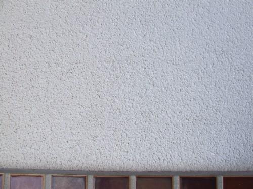 築32年モルタル外壁・クラック画像