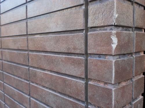 窯業系サイディングボードの劣化画像